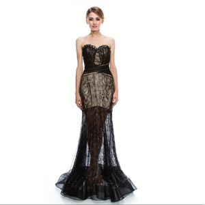 Dresses & Skirts - 🥂SALE🍾 Black lace evening prom gown